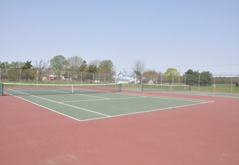 green and red tennis courts
